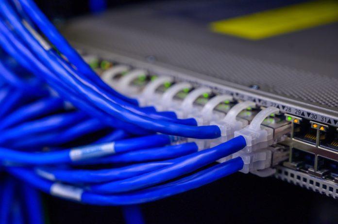 Routing Protocols: EIGRP vs OSPF