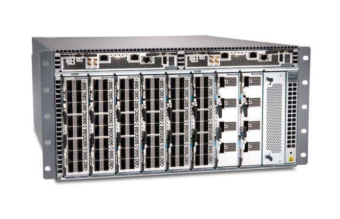 Juniper QFX5700 switch